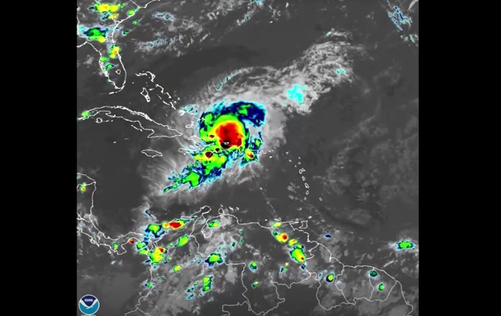 Furacão Isaias se aproxima da Flórida