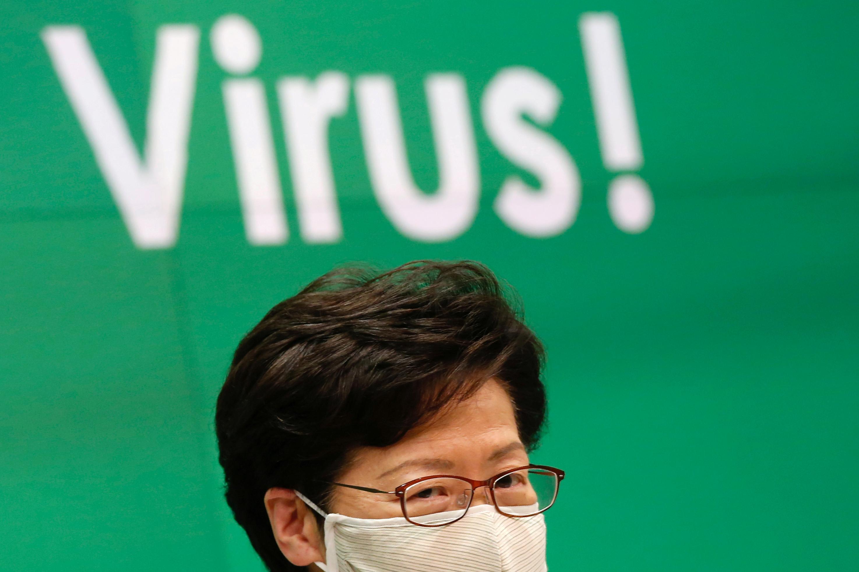 Hong Kong adiou eleição legislativa em um ano por causa do novo coronavírus