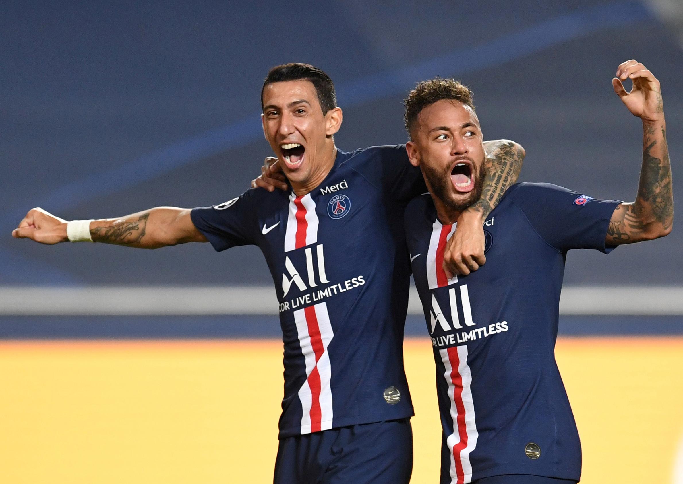 Di María e Neymar comemoram gol do PSG contra o RB Leipzig