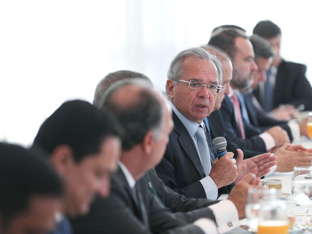 O ministro da Economia, Paulo Guedes, durante reunião
