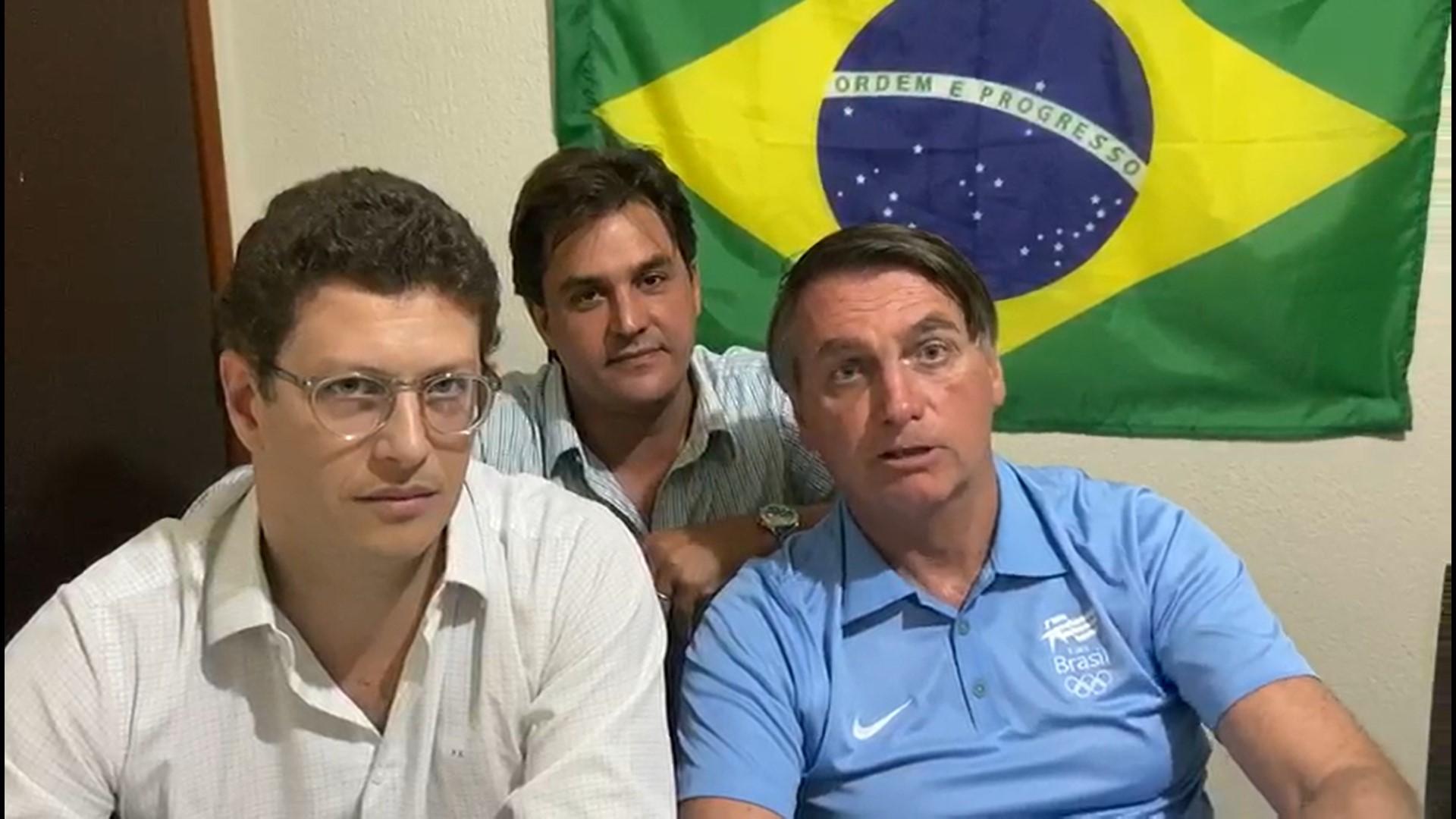 Salles, Bolsonaro e o deputado estadual Frederico d'Avila (PSL-SP) em vídeo