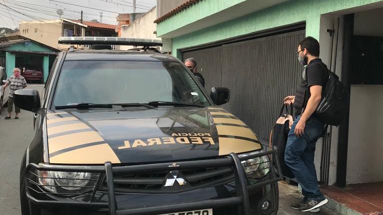 PF faz operação em SP contra grupo que fraudaria o auxílio emergencial