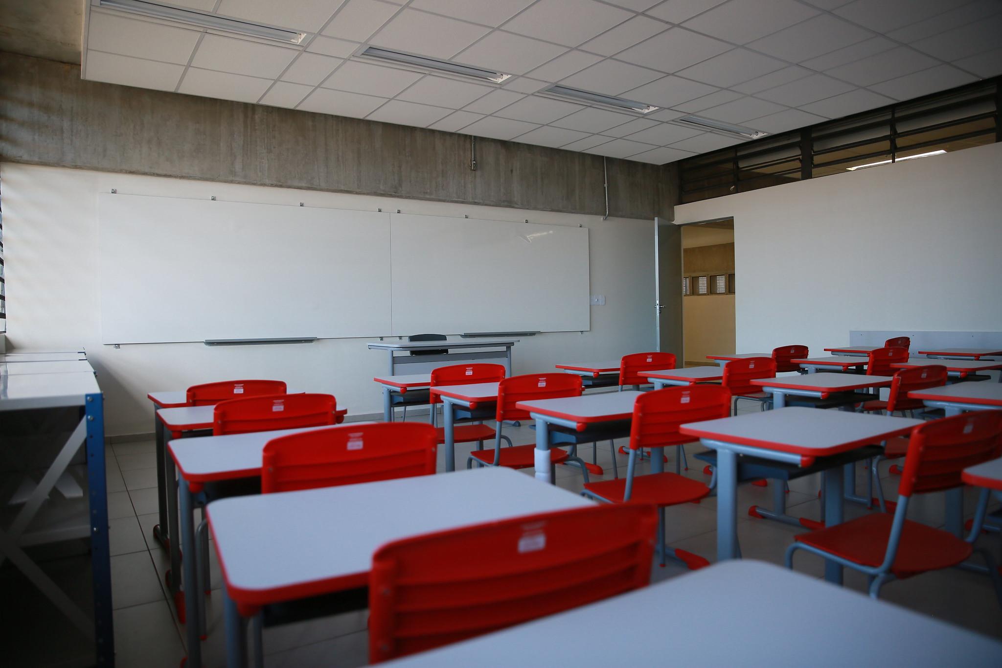Cidades de SP retomaram atividades não curriculares de forma presencial na escol