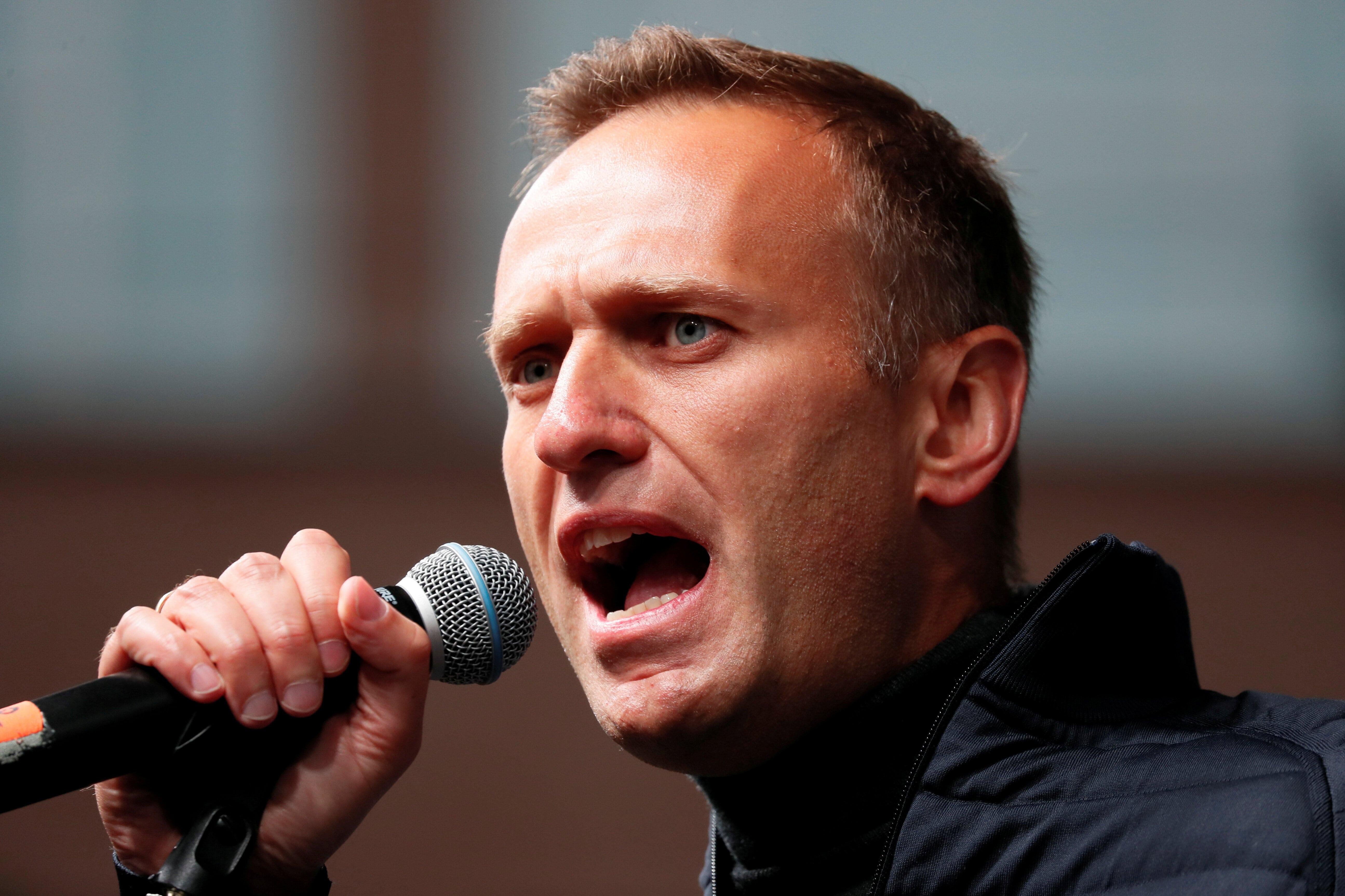 Alexei Navalny falando