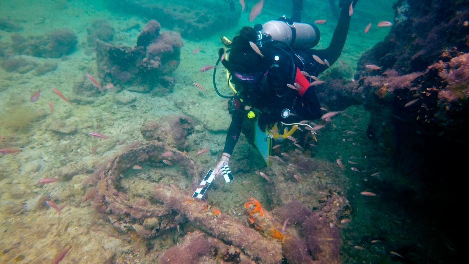 Embarcação foi encontrada nas águas da cidade portuária de Sisal