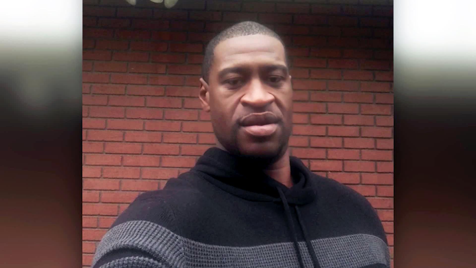 George Floyd foi morto por um policial durante uma abordagem em maio