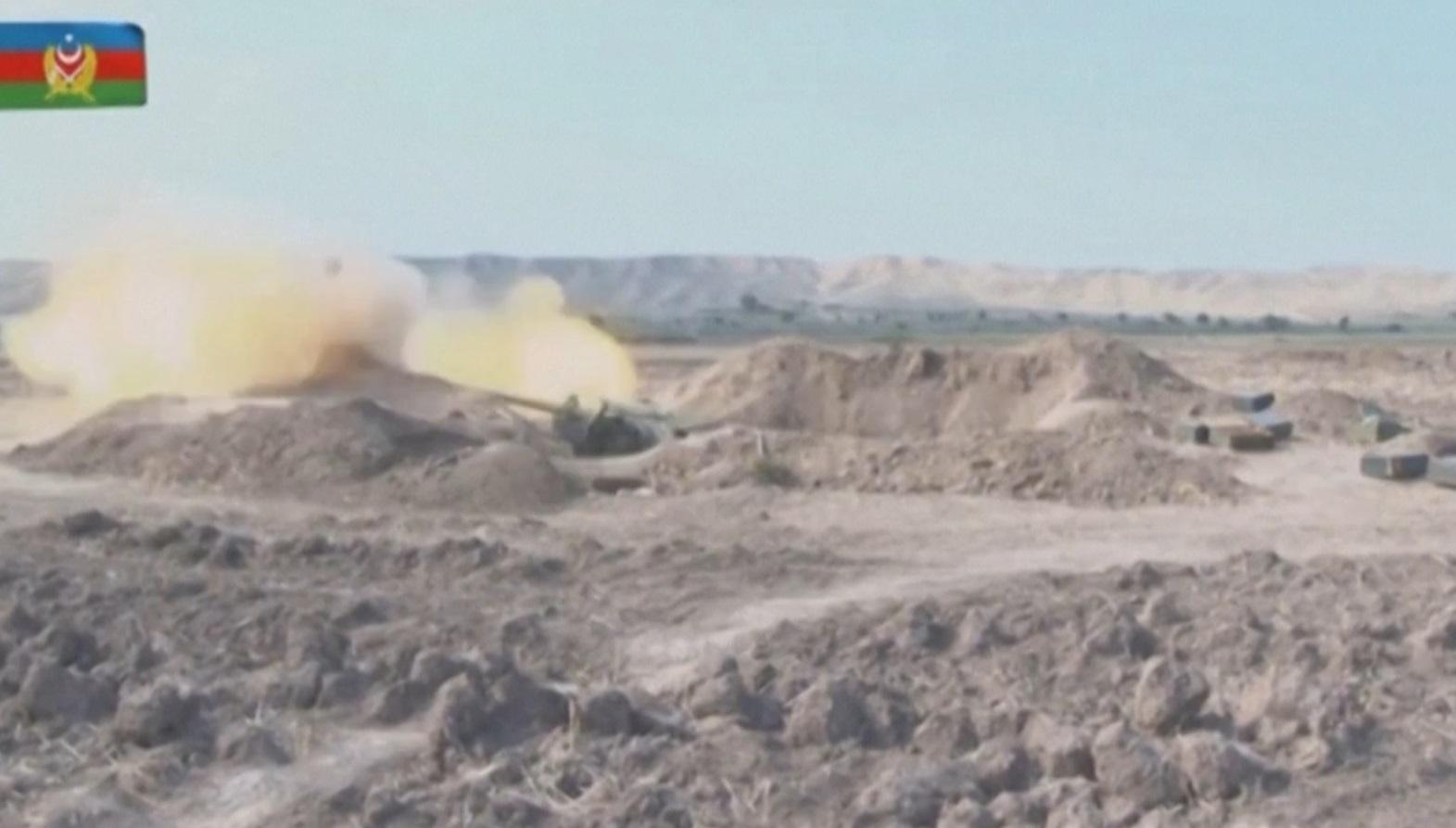 O Azerbaijão e a Armênia se acusam mutuamente de disparar contra o outro