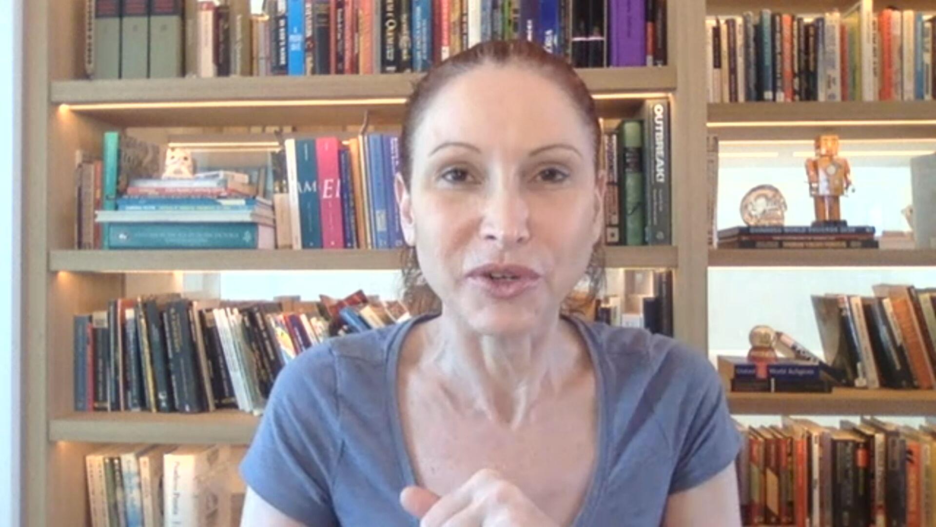 Natália Pasternak, microbiologista e pesquisadora da USP, fala à CNN