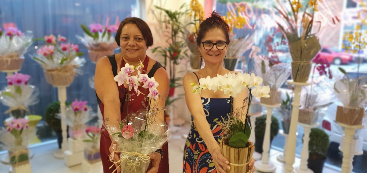 Proprietárias de floricultura que funciona há mais 70 anos aqui vão fechar as po