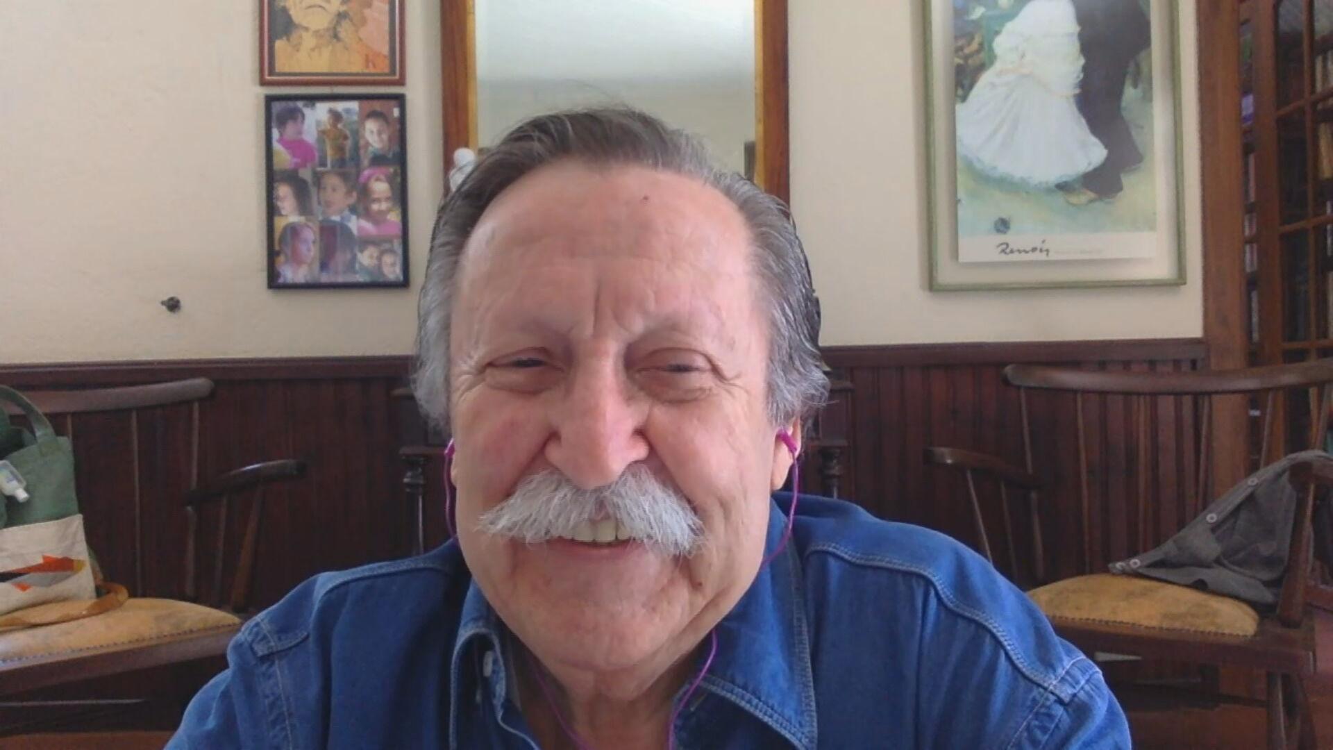 O escritor Pedro Bandeira fala à CNN