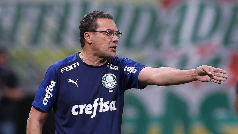 Vanderlei Luxemburgo não é mais técnico do Palmeiras