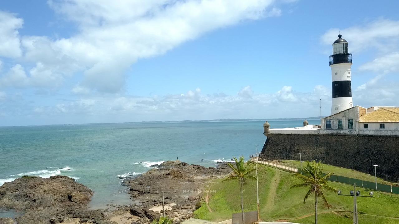 Vista do Farol da Barra, em Salvador