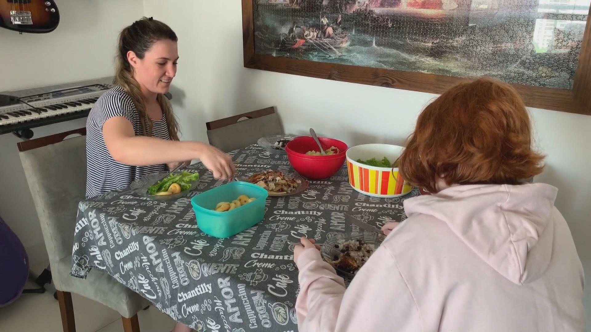 Salada é opção na hora do almoço na casa dos brasileiros