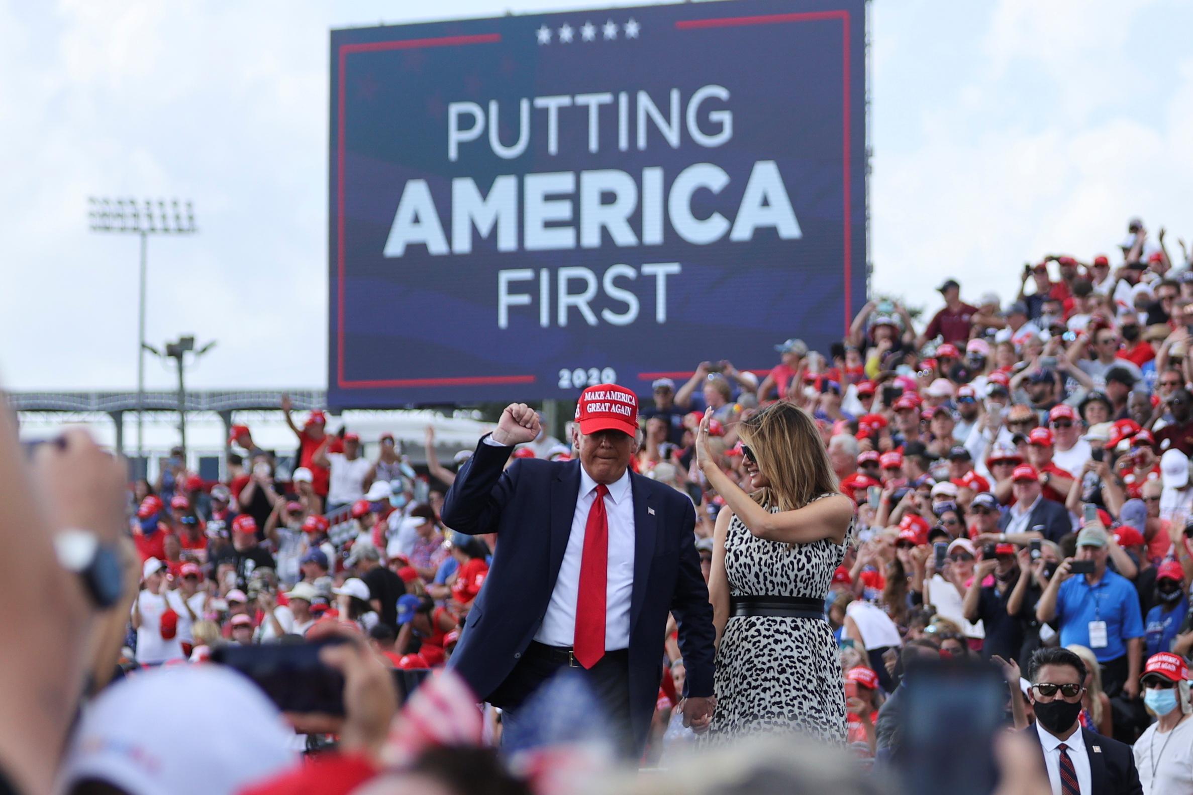 Donald Trump durante comício em Tampa, na Flórida