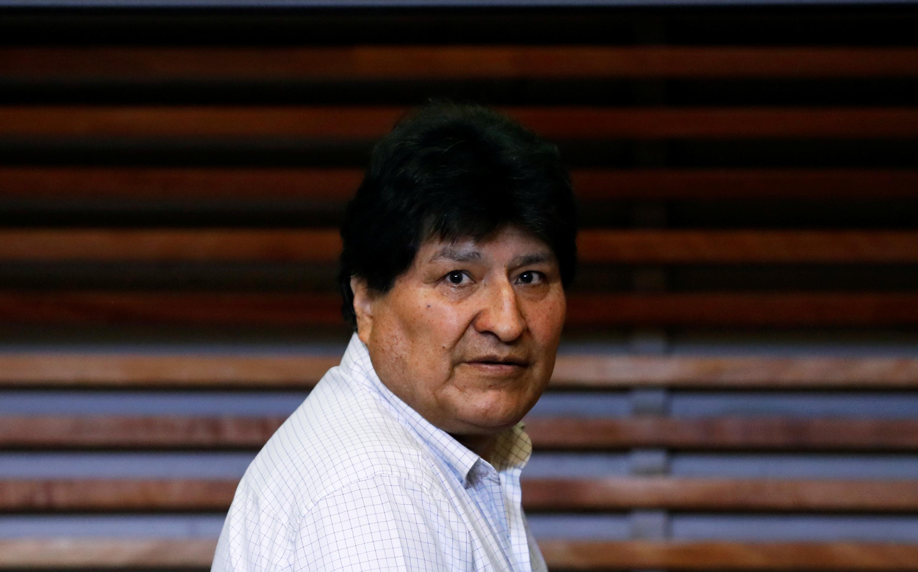 Depois de um ano exilado na Argentina, Evo Morales voltou à Bolívia