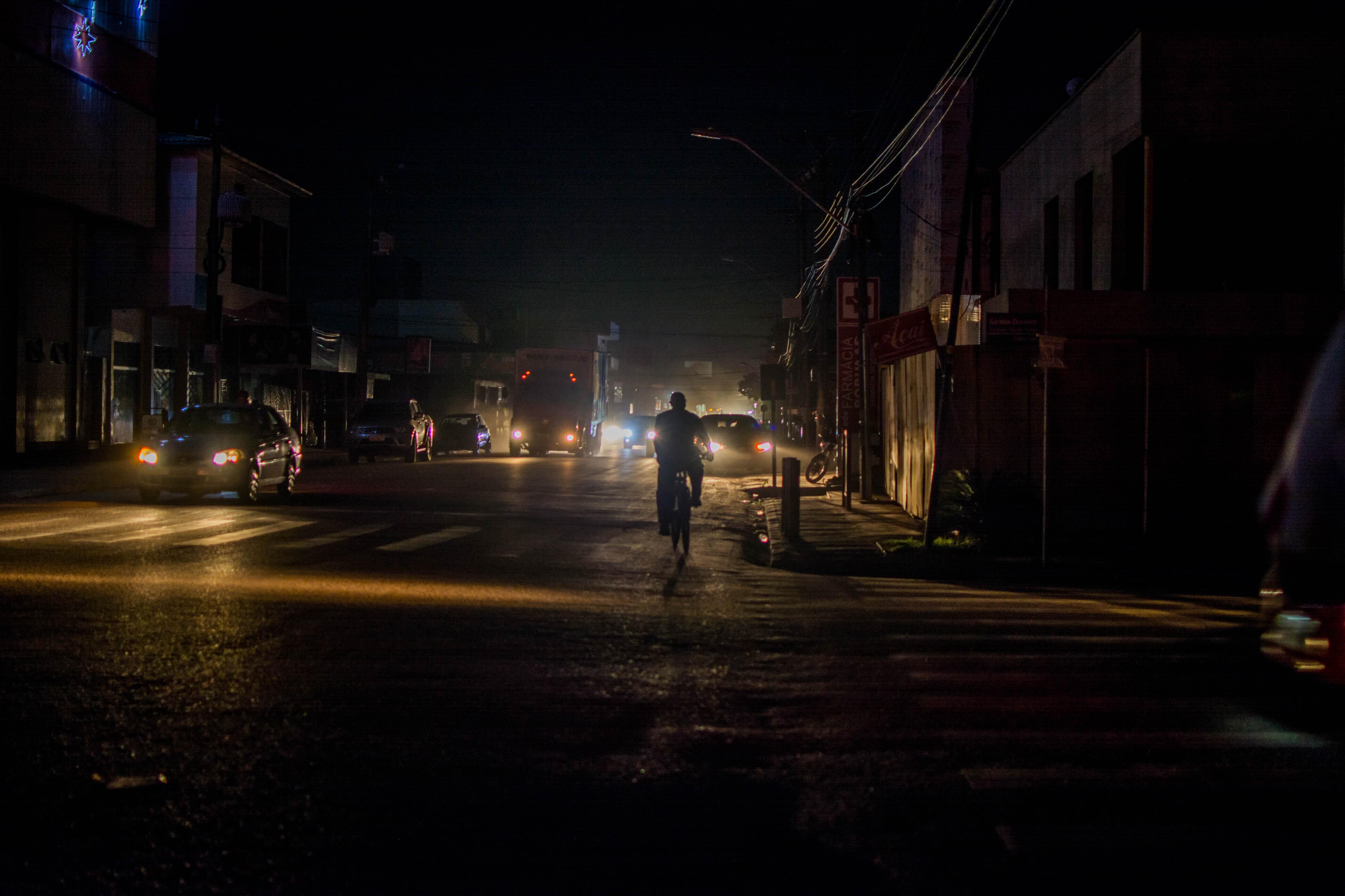 Macapá no escuro após apagão que afetou estado do Amapá