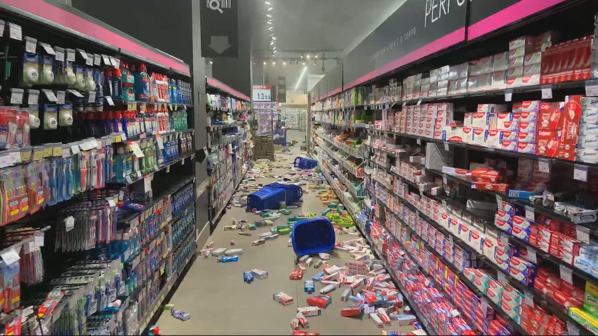 Supermercado Carrefour após atos de vandalismo (20.nov.2020)