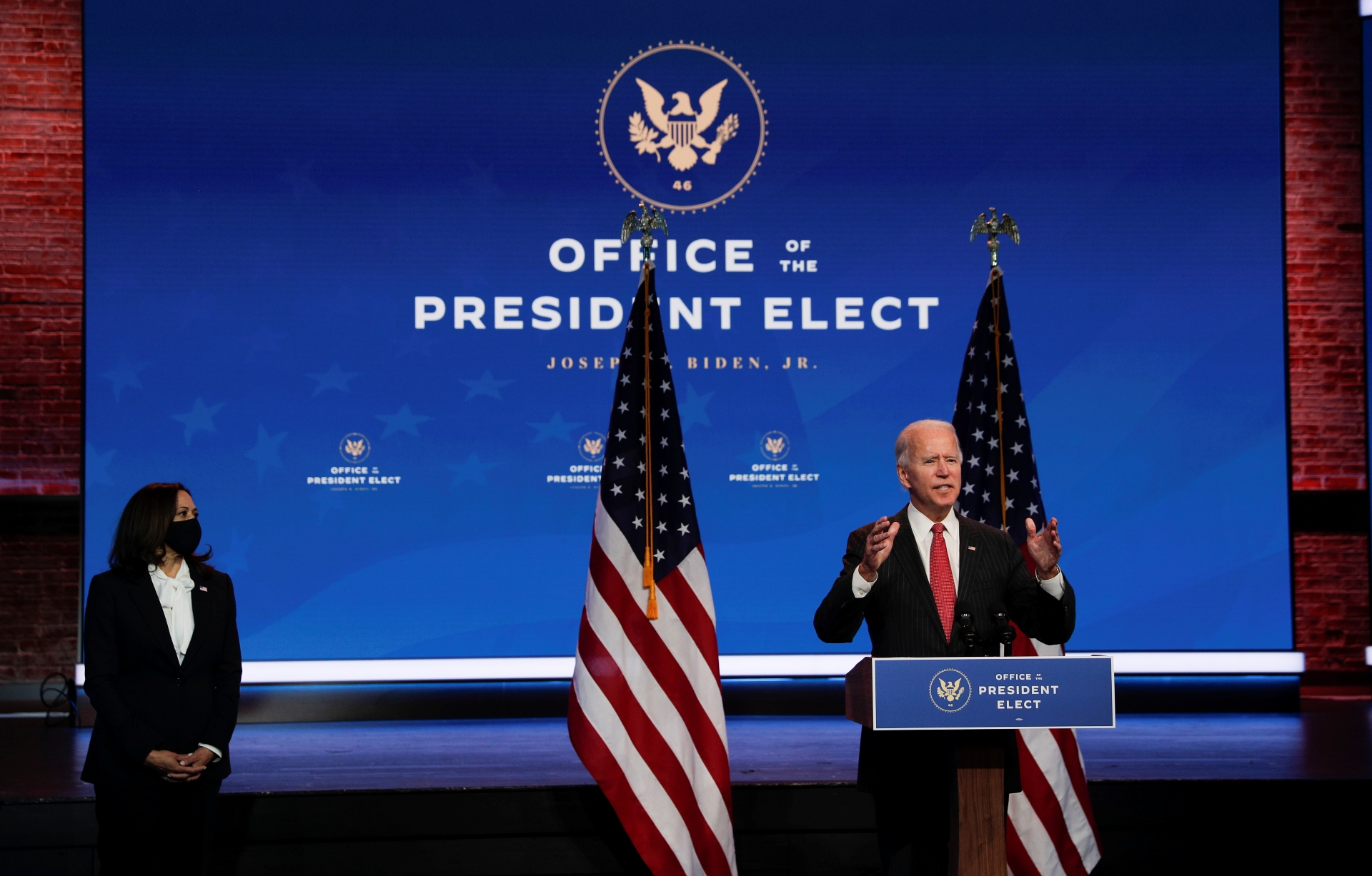 O presidente eleito dos EUA, Joe Biden, e sua vice, Kamala Harris, em Wilmington