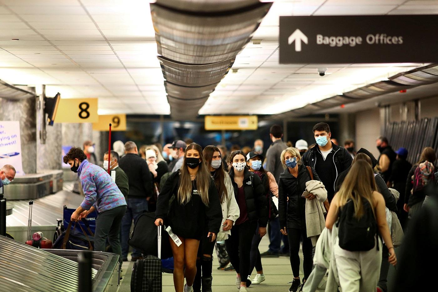 Movimentação no aeroporto em Denver, Colorado, nos Estados Unidos