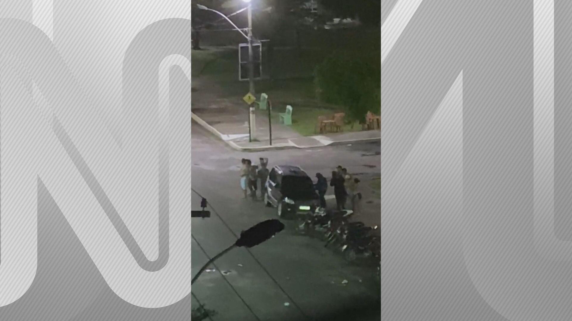 Quadrilha assaltou um banco e fez pessoas reféns em uma praça em Cametá (PA)
