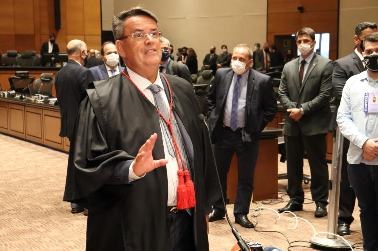 Presidente do Tribunal Especial Misto, desembargador Cláudio de Mello Tavares