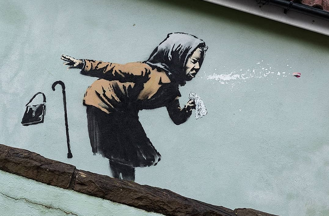 "Obra de Banksy apelidada pelo artista como ""Aachoo!!"" (Atchim!!)"