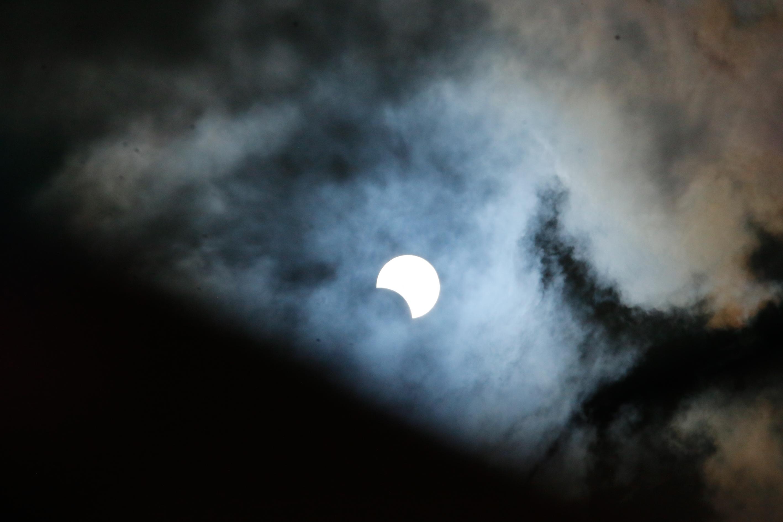Eclipse solar - Curitiba (PR)