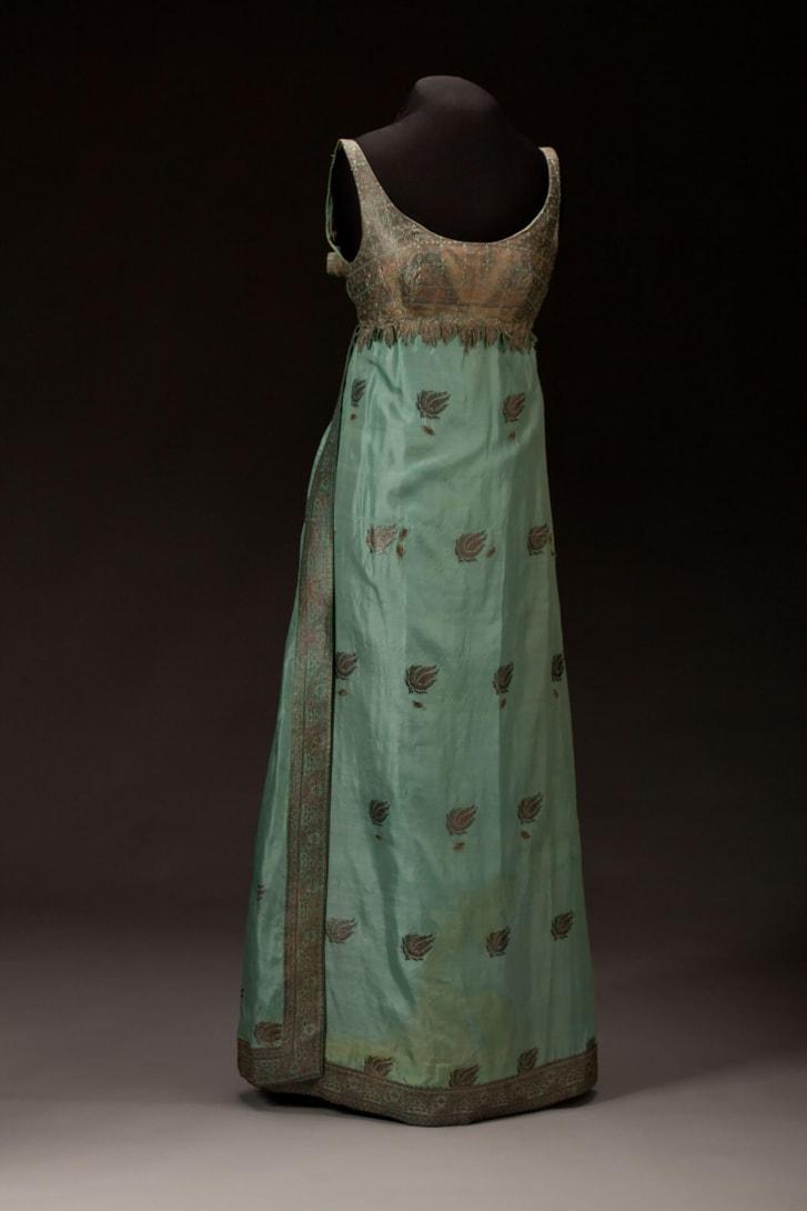 Vestido desenhado e confeccionado por Ann Lowe