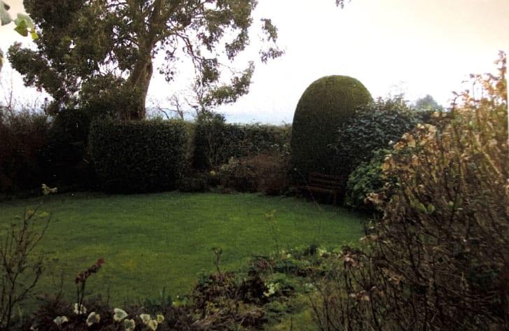 Jardim onde foi encontrado o bloco romano
