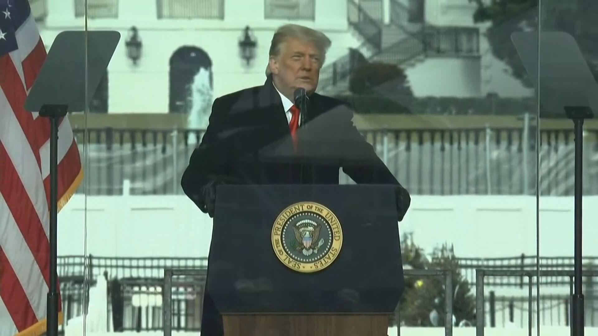 Donald Trump discursou para apoiadores nesta quarta-feira (6)
