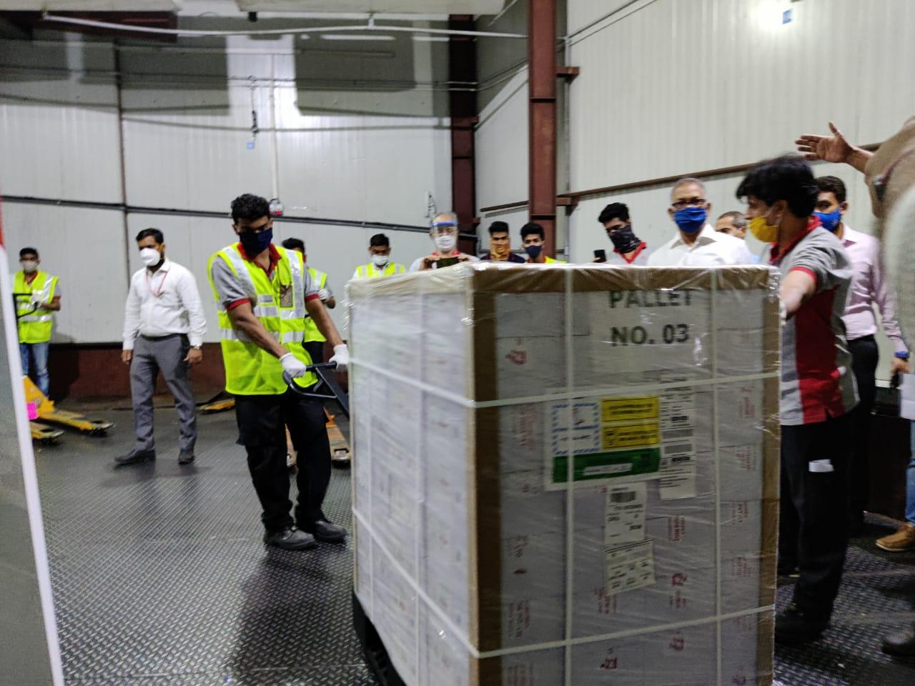 Transporte da vacina Índia