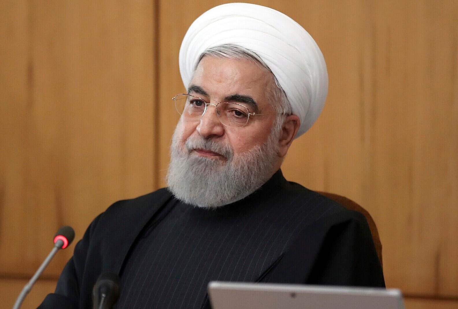 """""""Vacinas estrangeiras são uma necessidade"""", diz o presidente do Irã, Hassan Rouh"""