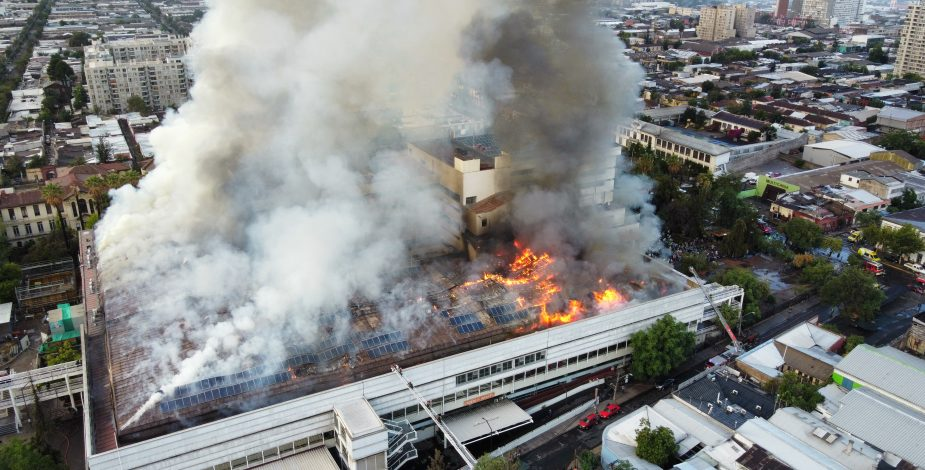 incêndio hospital chile