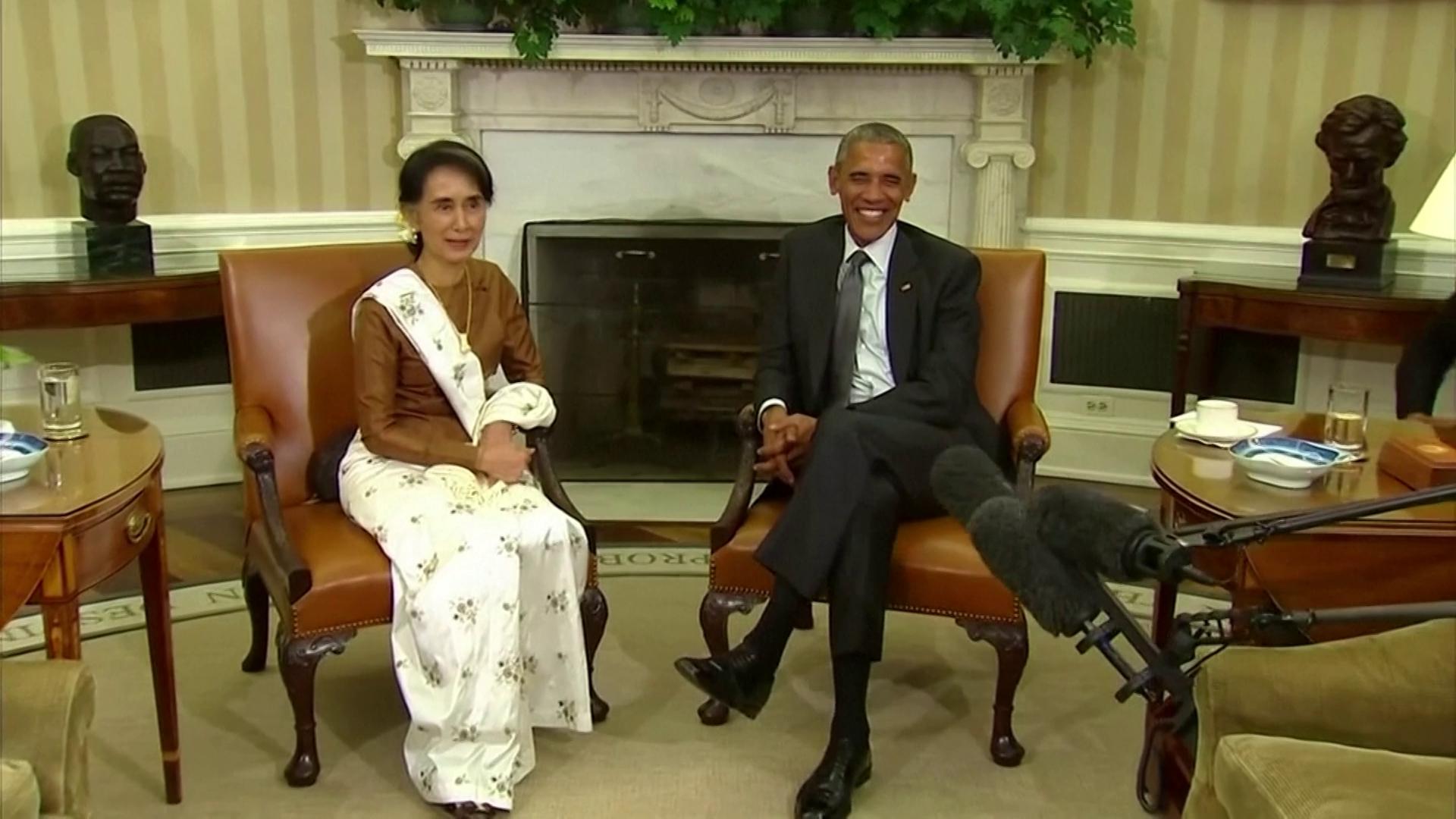 Suu Kyi se encontra com Barack Obama na Casa Branca, em 2016