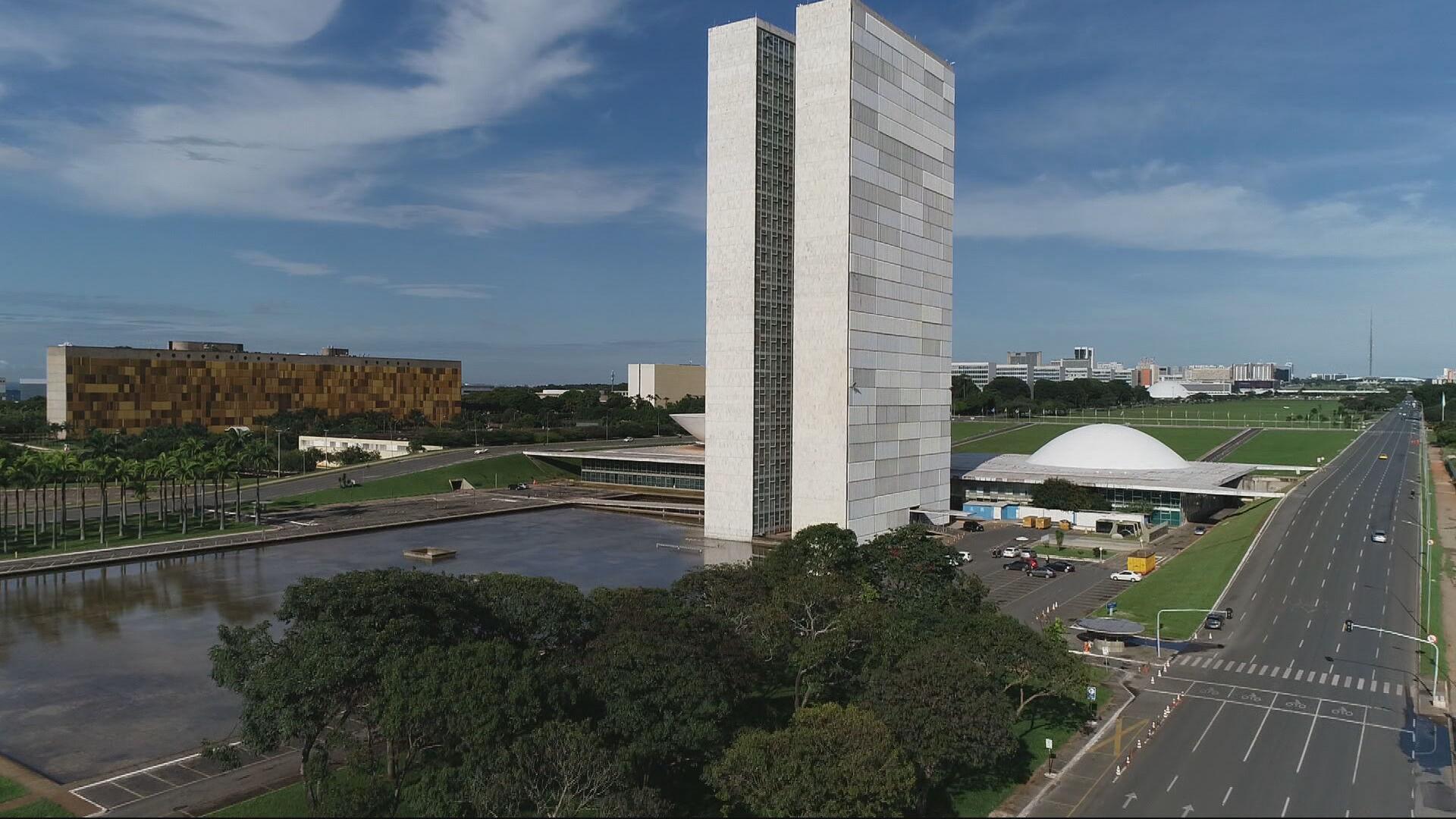 Eleições no Congresso Nacional movimentam Brasília nesta segunda-feira (1º)