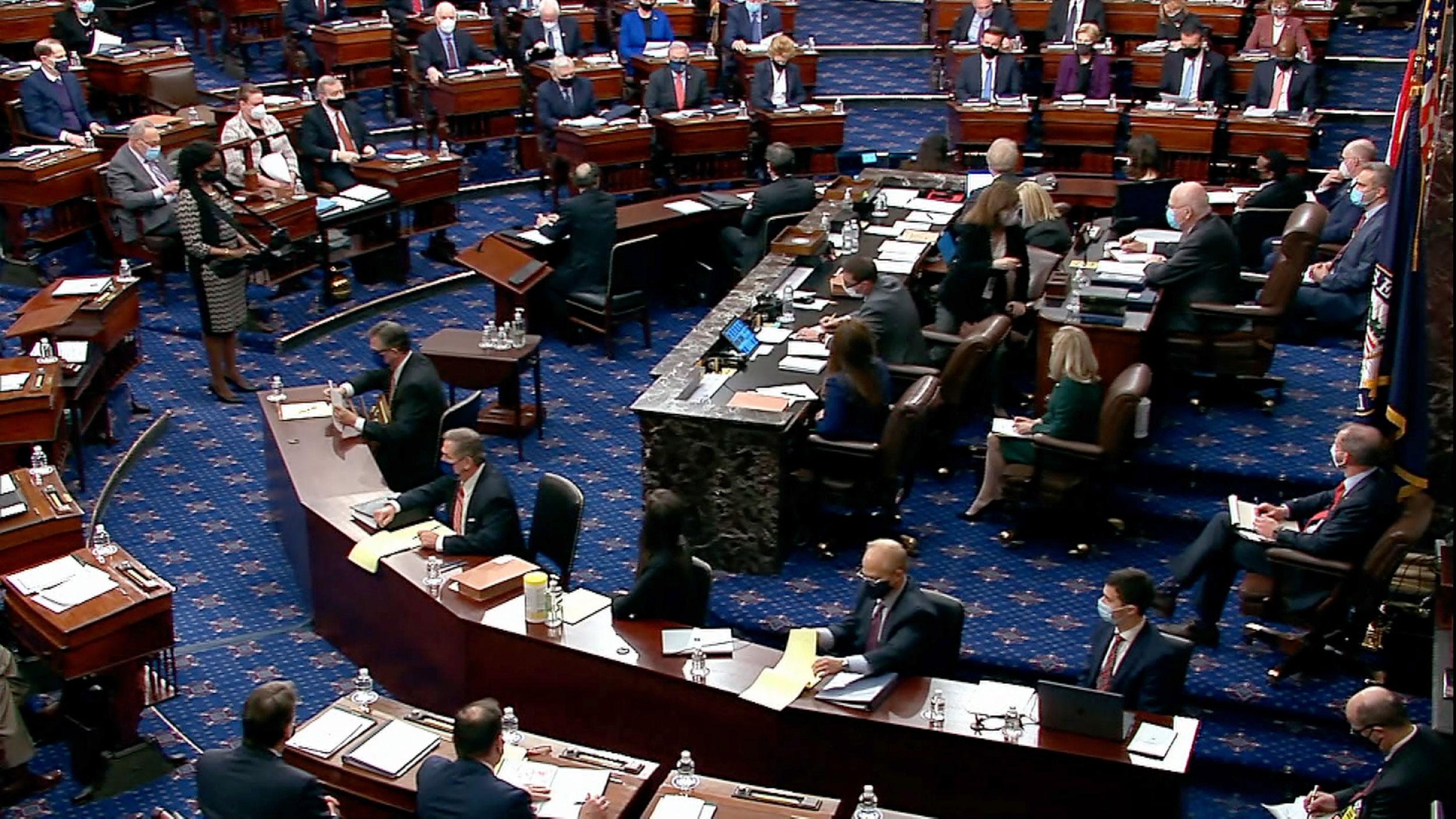 Senado dos EUA vota impeachment de Donald Trump