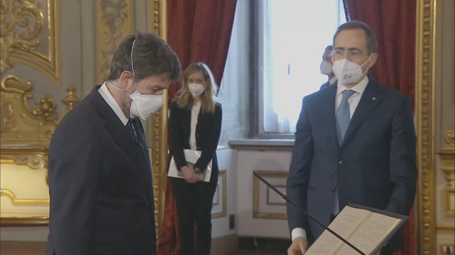 Mário Draghi toma posse como Premiê na Itália (13 fev 2021)