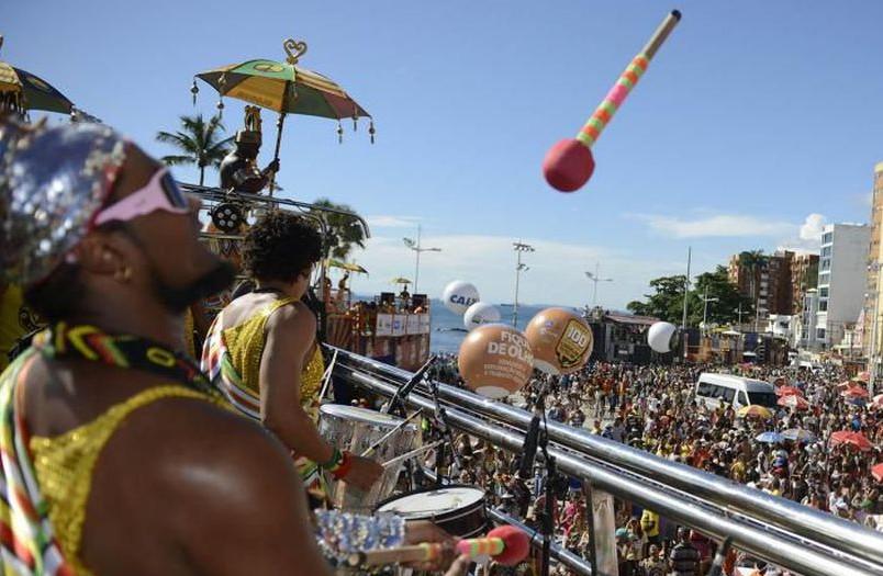 Desfile do bloco do Olodum em Salvador