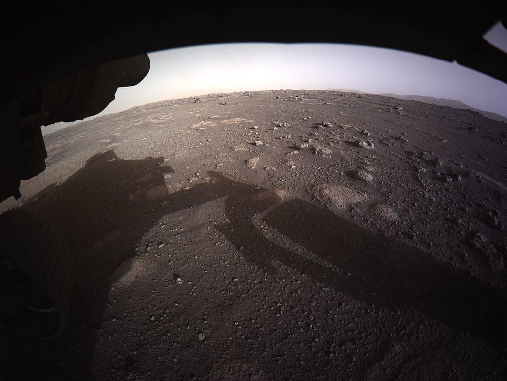 Primeira imagem colorida de Marte captada pelo robô Perseverance