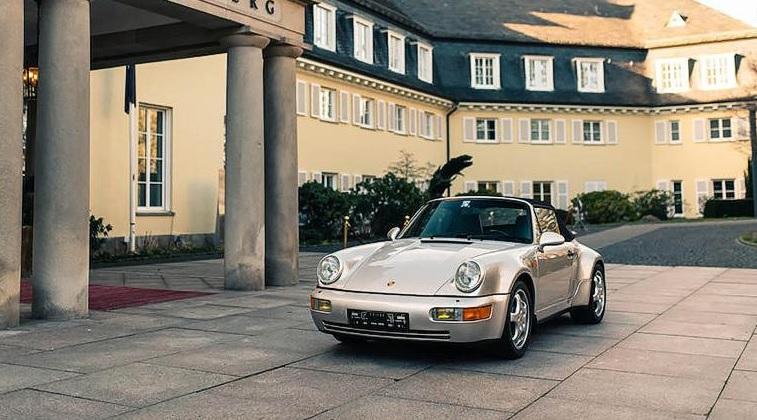 Porsche 911 pertencente a Diego  Maradona