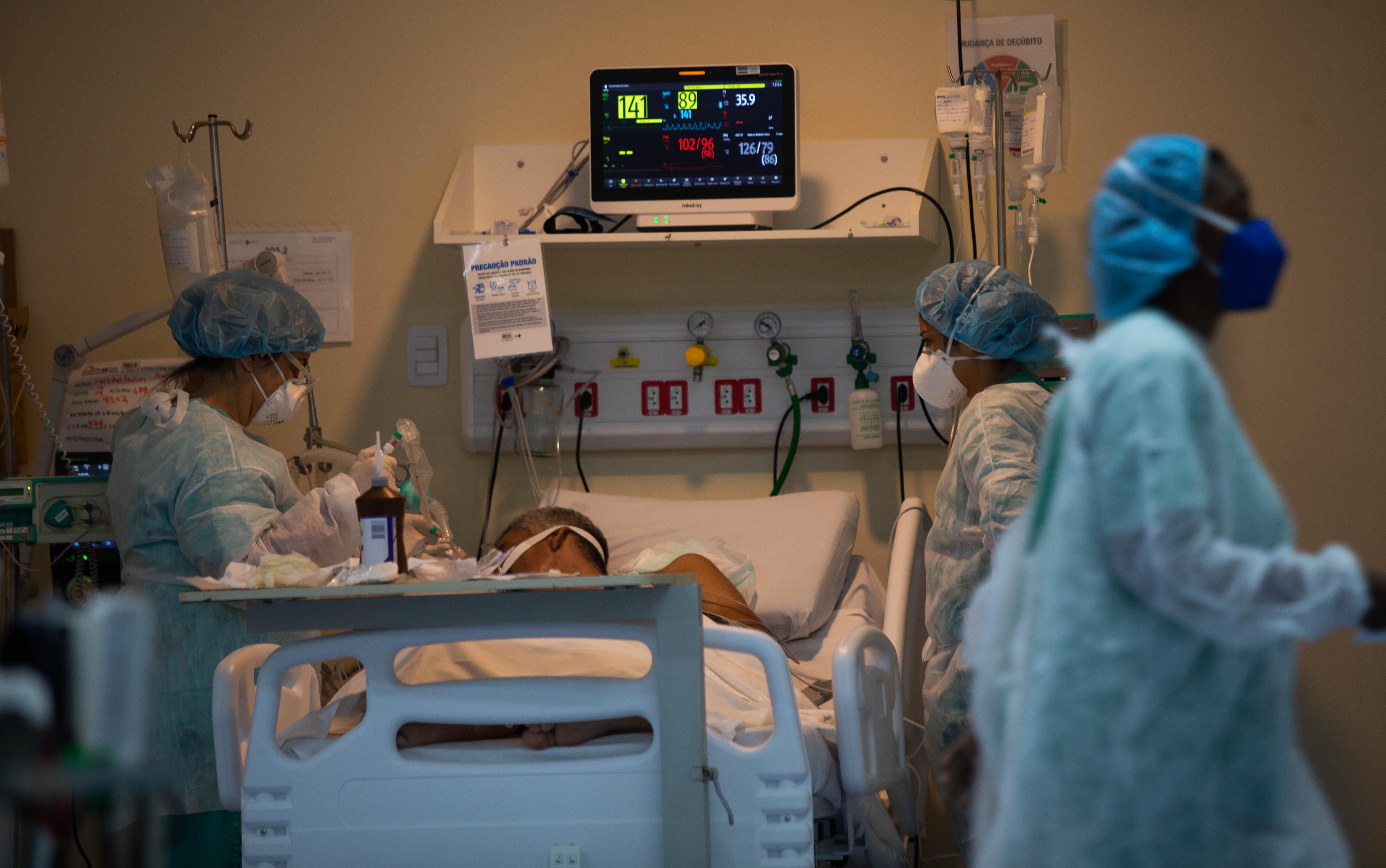 Leitos de UTI no Hospital Ronaldo Gazzola, na zona norte do Rio de Janeiro