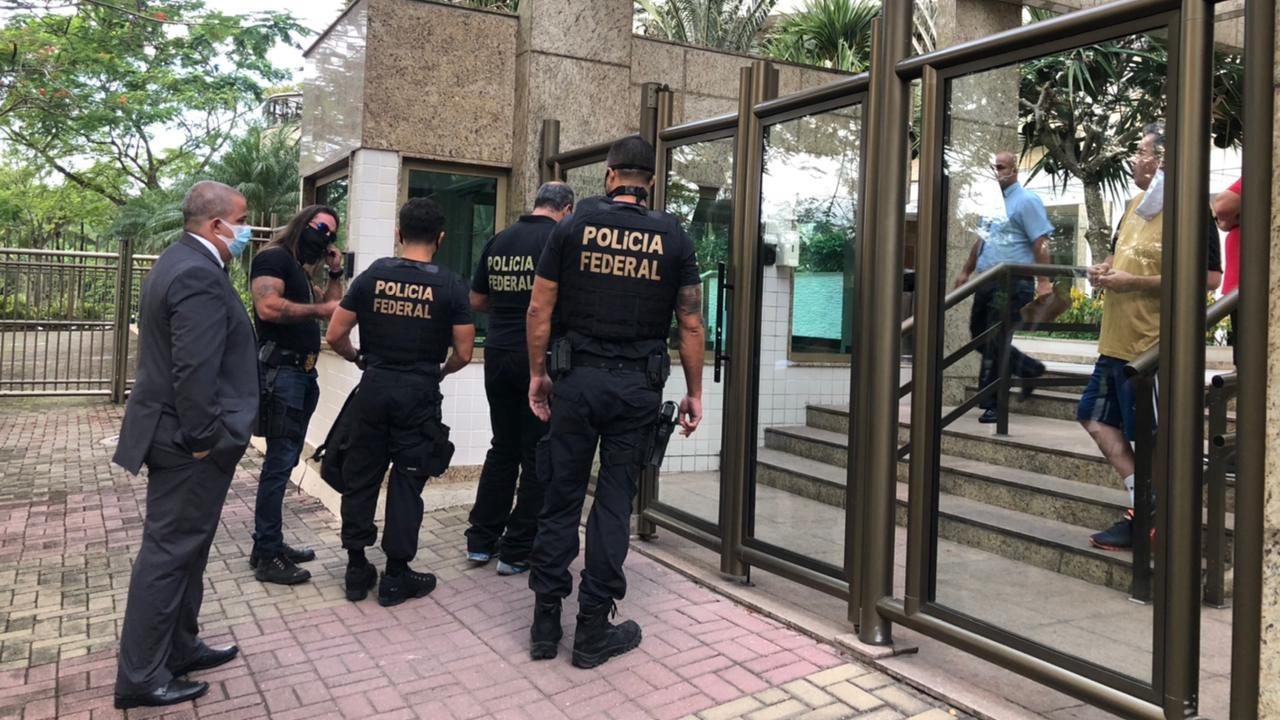 PF apreendeu documentos e mídias em condomínios de luxo na Barra da Tijuca