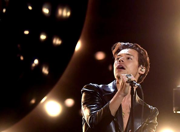 Harry Styles se apresenta no palco durante a 63ª edição do Grammy, em Los Angele