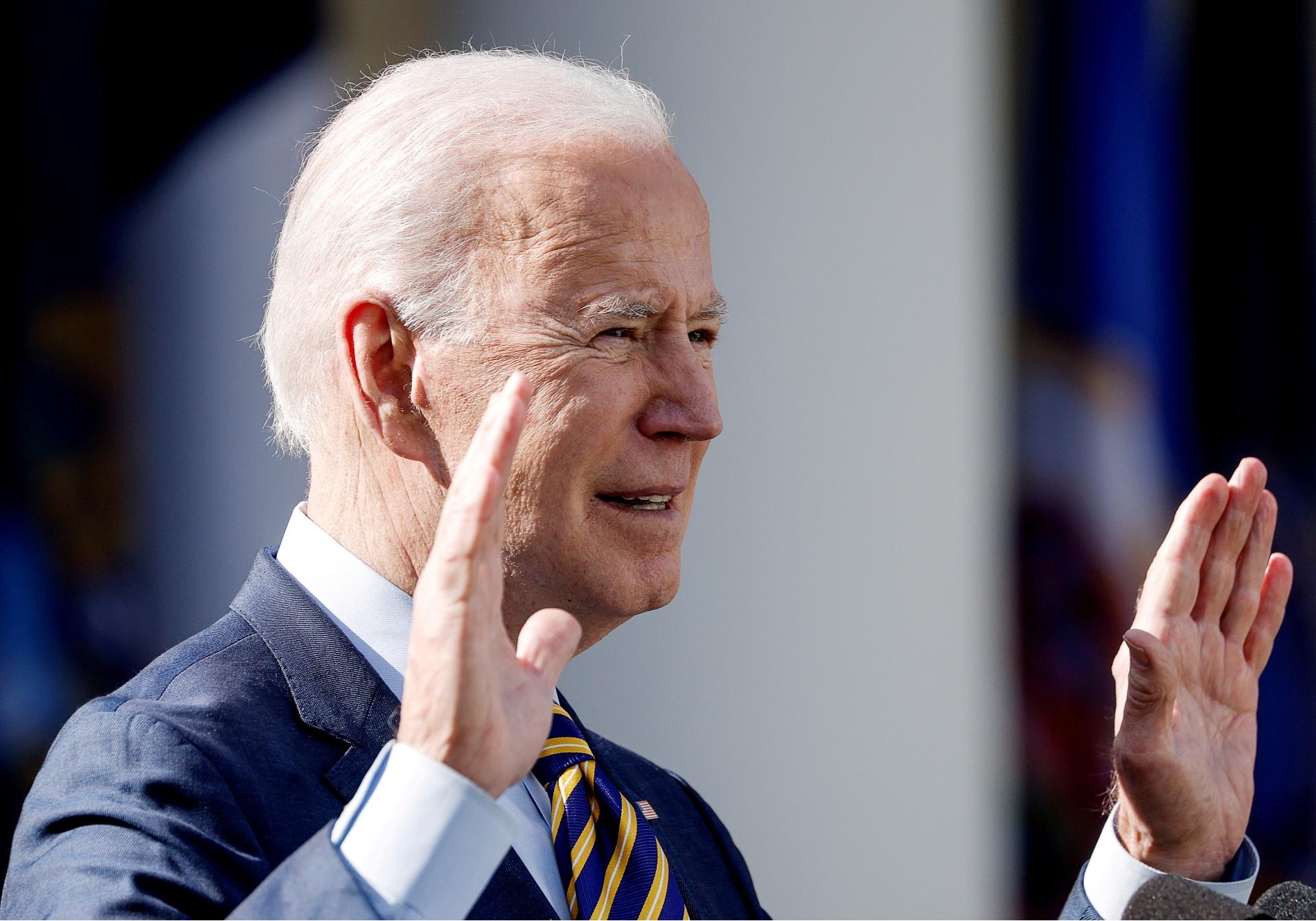 Biden, prometeu medidas contra Putin por tentativa de interferência em eleição