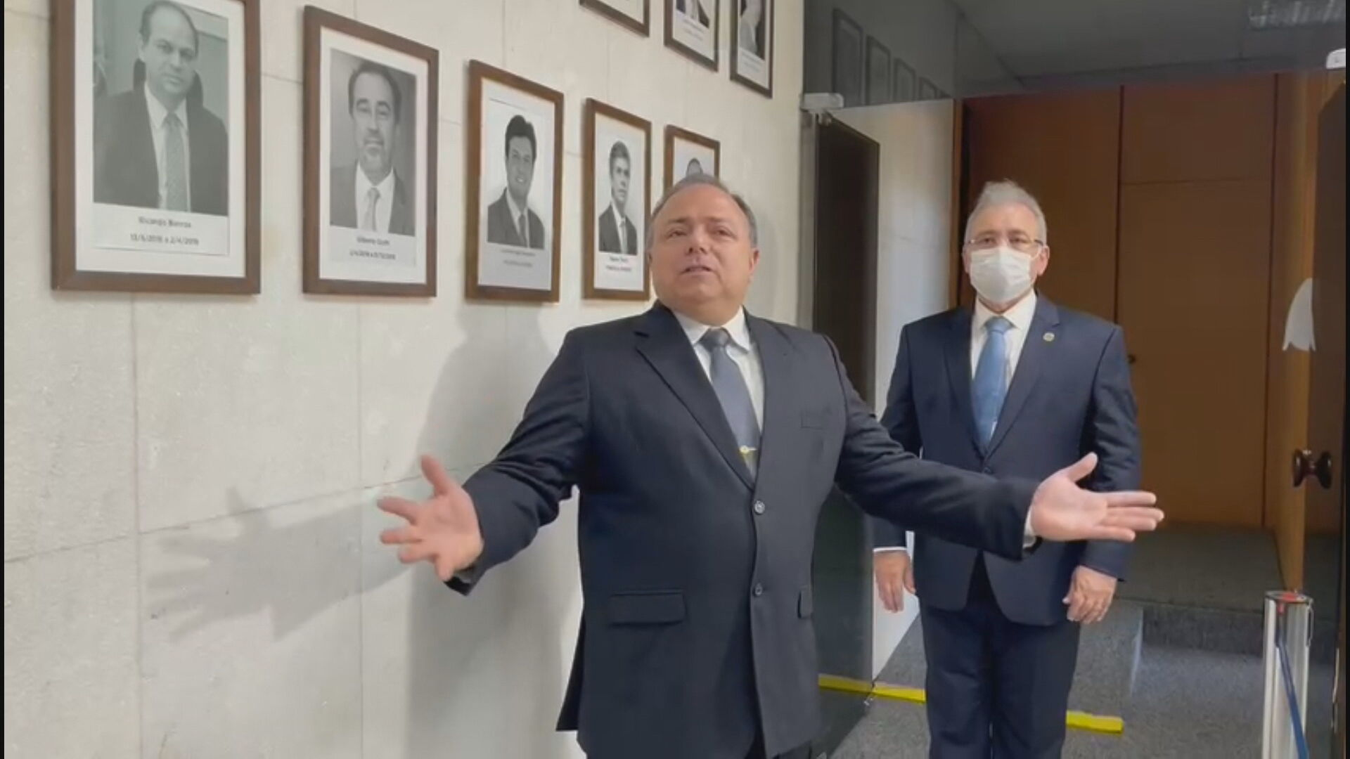 Ex-ministro da Saúde, Eduardo Pazuello, durante vídeo de sua cerimônia de desped