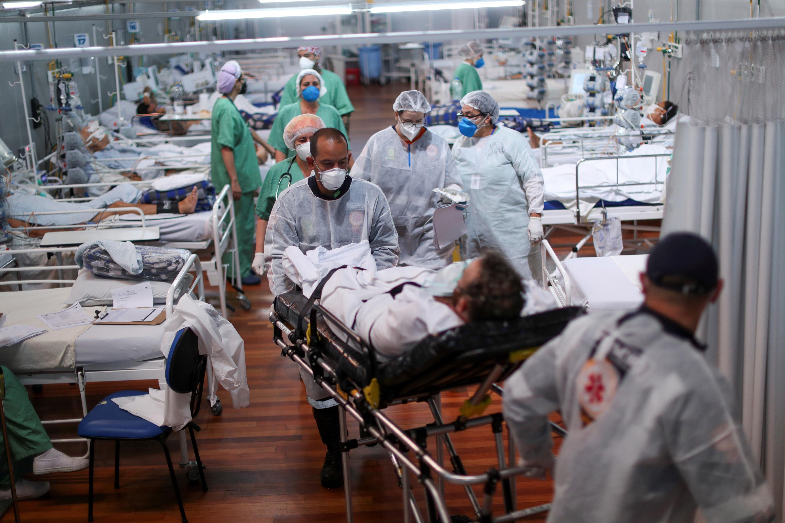 Hospital de campanha para pacientes da Covid-19 em Santo André (SP)