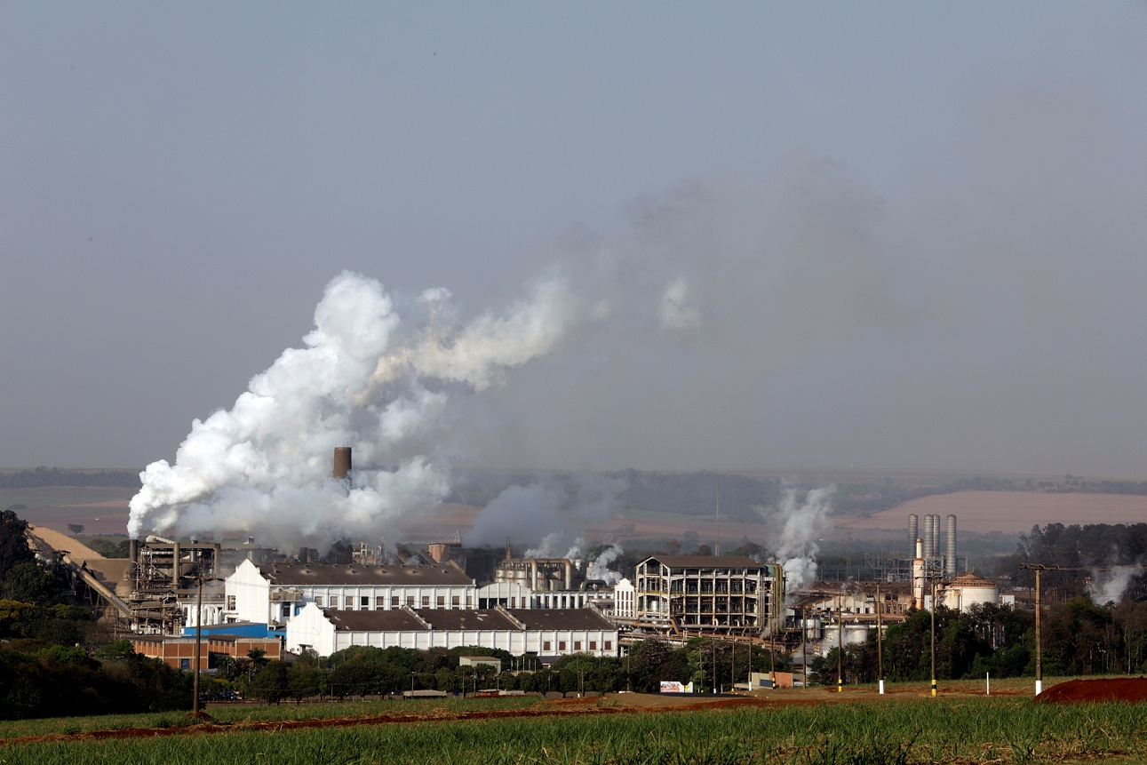 Usina de processamento de cana-de-açúcar em Pradópolis, SP (13/09/2018)