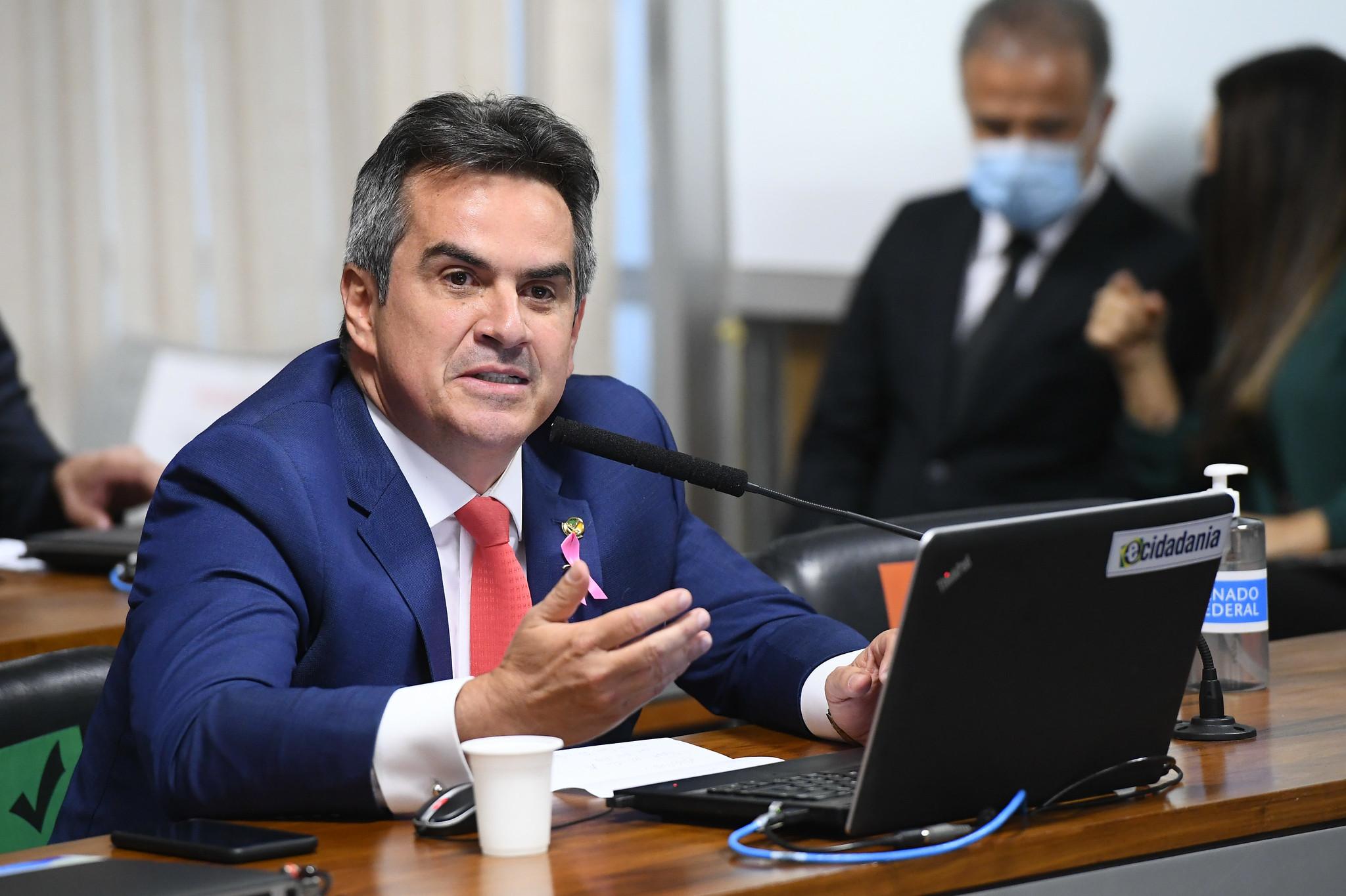 À bancada, em pronunciamento, senador Ciro Nogueira (PP-PI)