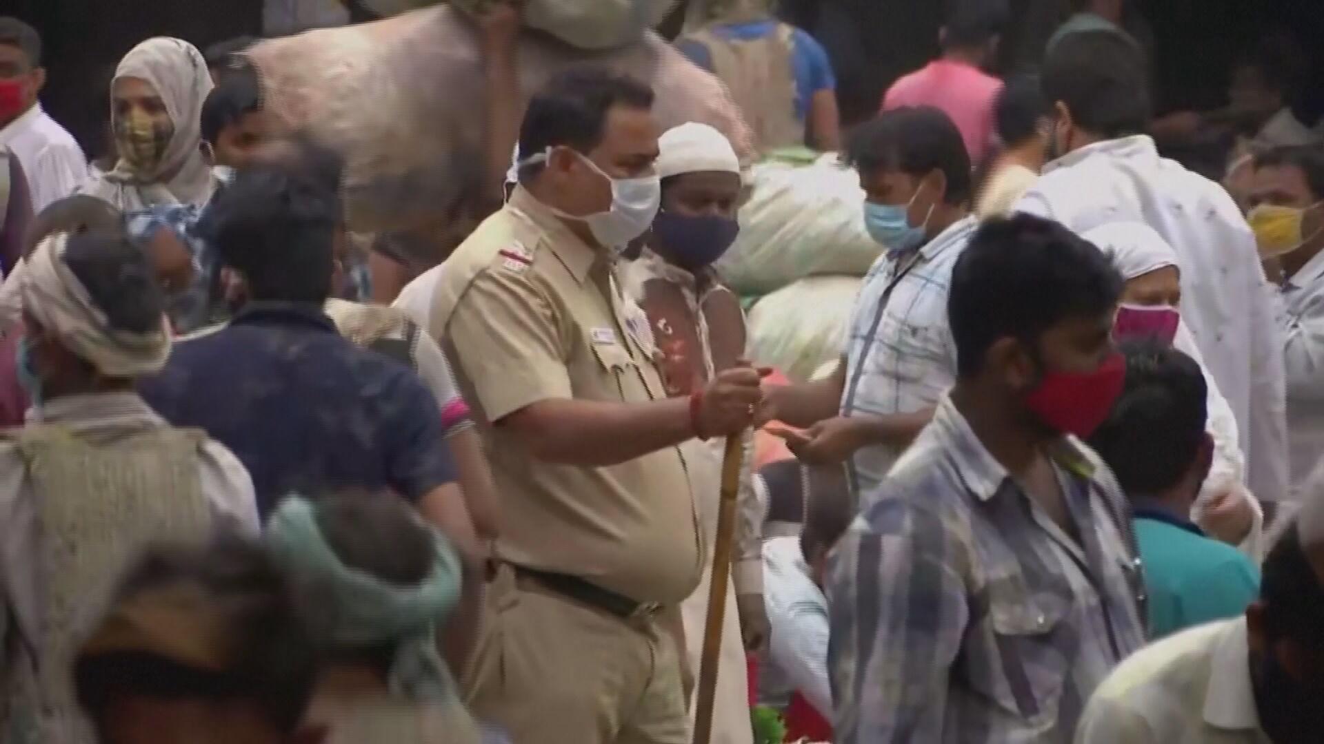 Casos de Covid-19 na Índia seguem batendo recordes consecutivos