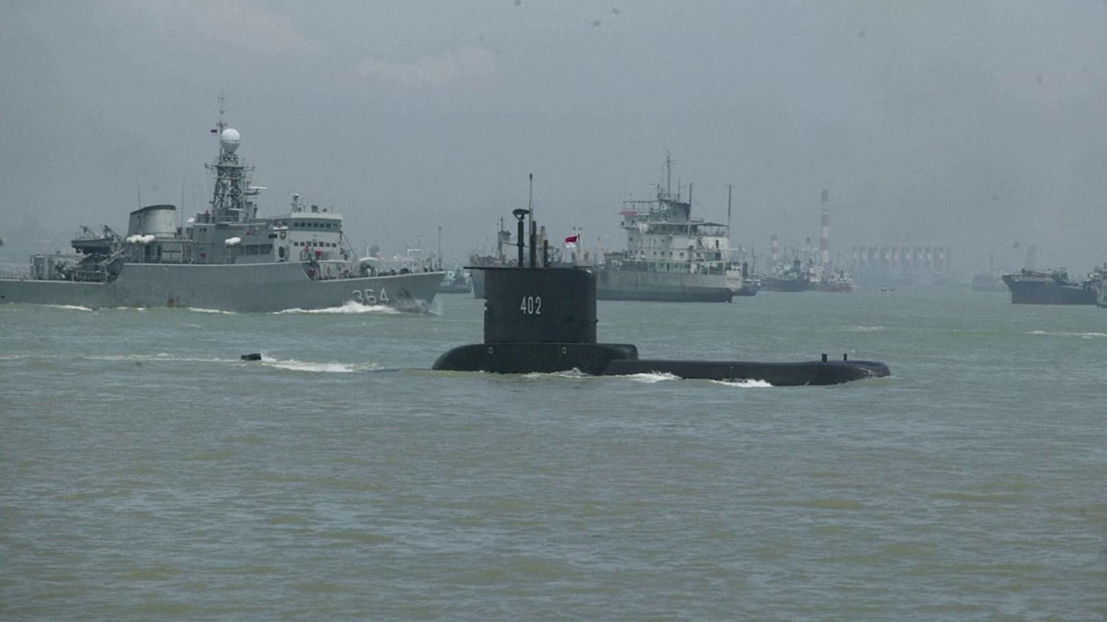 Indonésia encontrou objeto metálico que pode ser de submarino desaparecido